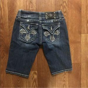 Miss me Capri Blue jeans size 25 rhinestones